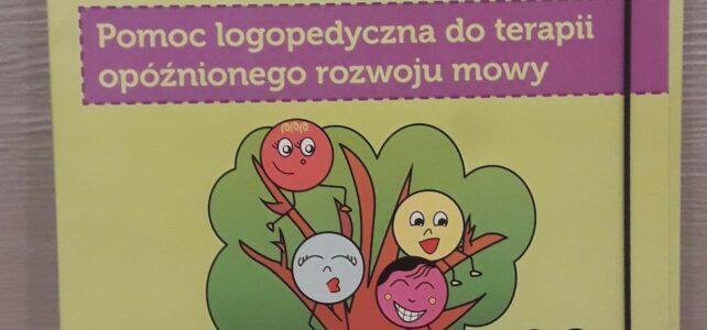 """Recenzja """"Mimki budują zdania"""" Iwety Kozłowskiej"""